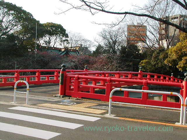 Bridge in front of the entrance, ebara Jinja shrine (Kita Shinagawa)