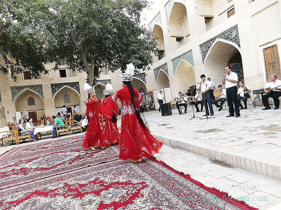 Dance show3, Dinner, Bukhara (Uzbekistan trip 2011)