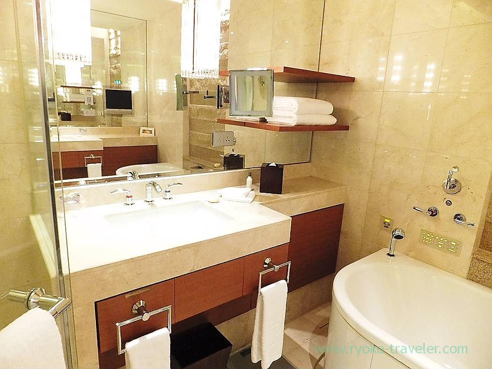 Bath room 2, Peninsula Tokyo (Yurakucho)