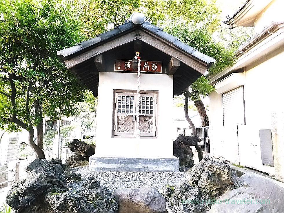 Inari Jinja shrine, Kasuga Jinja shrine (Ichikawa)