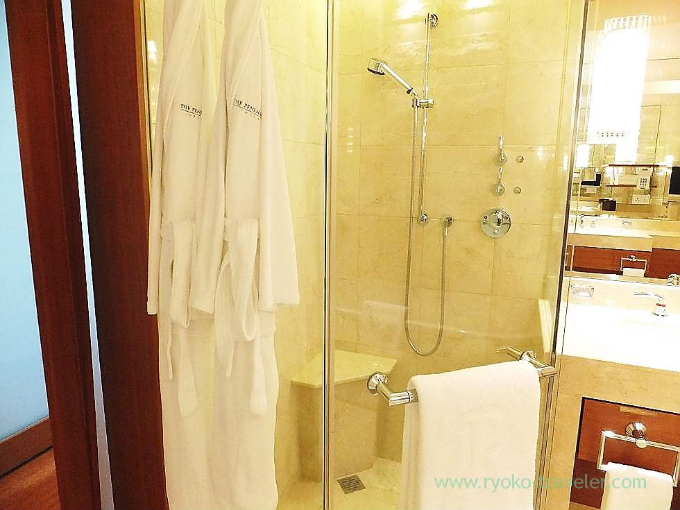 Shower room, Peninsula Tokyo (Yurakucho)