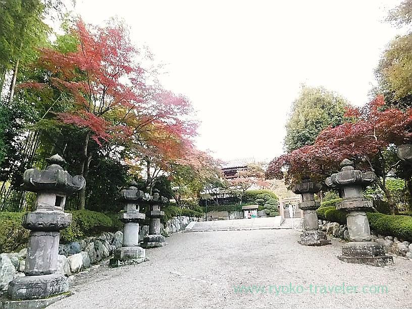 Approach 2, Noninji temple (Hanno)
