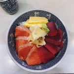 Tsukiji : Maguro and salmon bowl at Taneichi