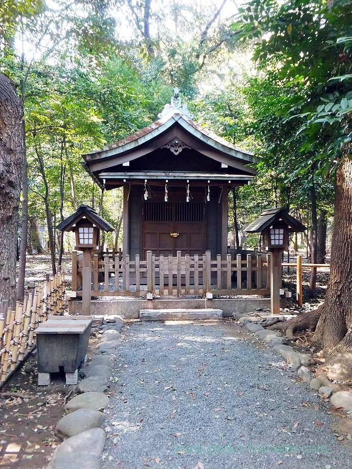 Chinreisha 2, Yasukuni Jinja shrine (Ichigaya)