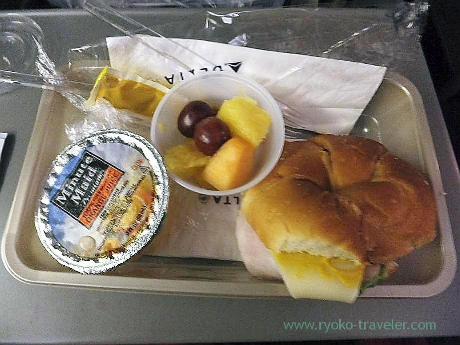 In-flight meals 2, Honolulu to Narita, Delta (Honolulu 2012 winter)