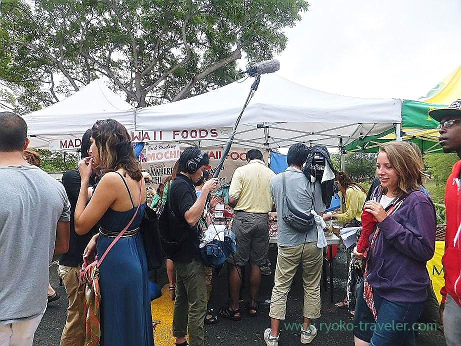 Japanese TV crew, Kcc Farmers Market, Honolulu(Honolulu 2012 winter)
