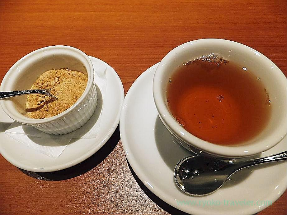 Tea after the meal, Trattoria la scarpetta (Ichigaya)