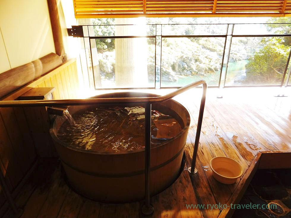 Open-air bath1, Hotel mannaka, Oboke (Kagawa & Tokushima 2011)