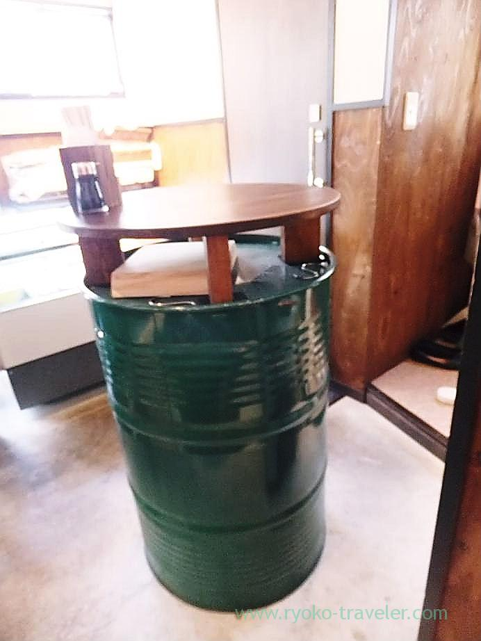 Table, Hajime Sengyo-ten(Tsukiji)