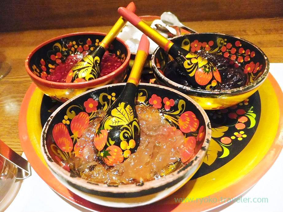 Russian tea, Sungari Shinjuku Nishiguchi (Shinjuku)