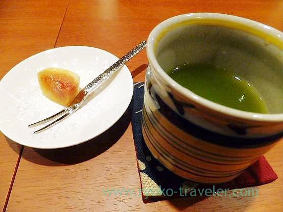 Fig and tea, Chawanbu (Yotsuya-sanchome)