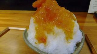 """Kakigori with apricot syrup after eating """"Funabashi sauce ramen"""" (Kinshicho)"""
