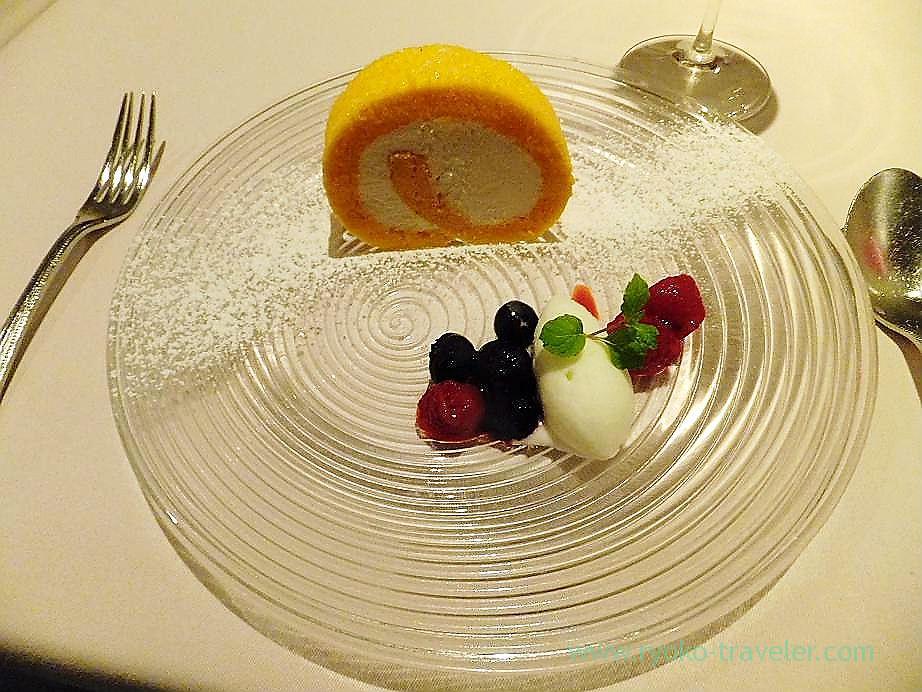 Swiss roll with sorbet, Au gout du jour merveille (Nihonbashi)
