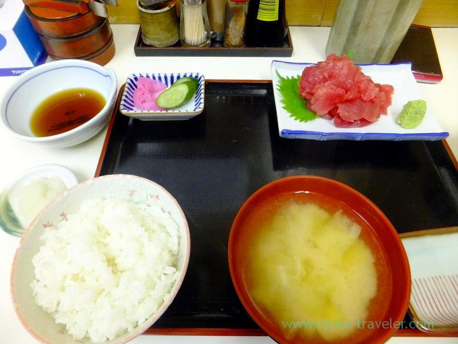 Tuna set except tempura, Tenfusa (Tsukiji Market)