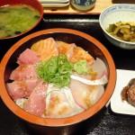 Funabashi : Maguro-ichi, seafood izakaya (まぐろ市)