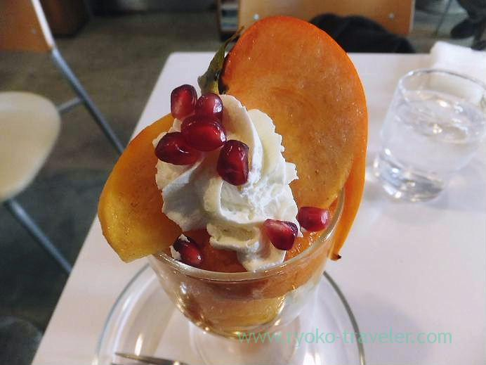 Kaki parfait from top, Fruits parlor Fukunaga (Yotsuya-sanchome)