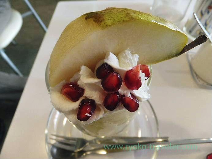 Pear parfait from top, Fruits parlor Fukunaga (Yotsuya-sanchome)
