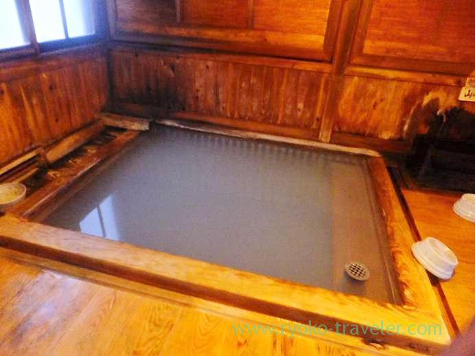 Bath of bath hut, Tamagoyu, Takayu onsen (Tamagoyu 2013)