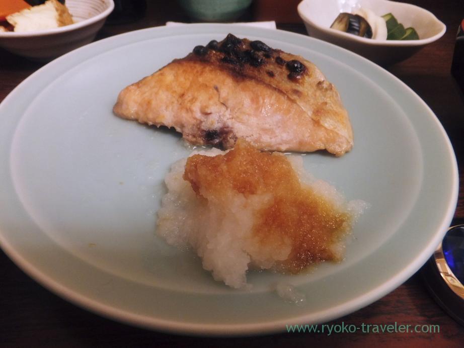 Grilled salted cherry salmon, Kato (Tsukiji Market)