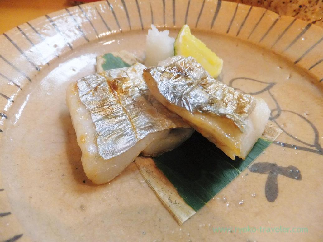 Grilled salted hairtail, Miyakozushi (Bakuro-Yokoyama)