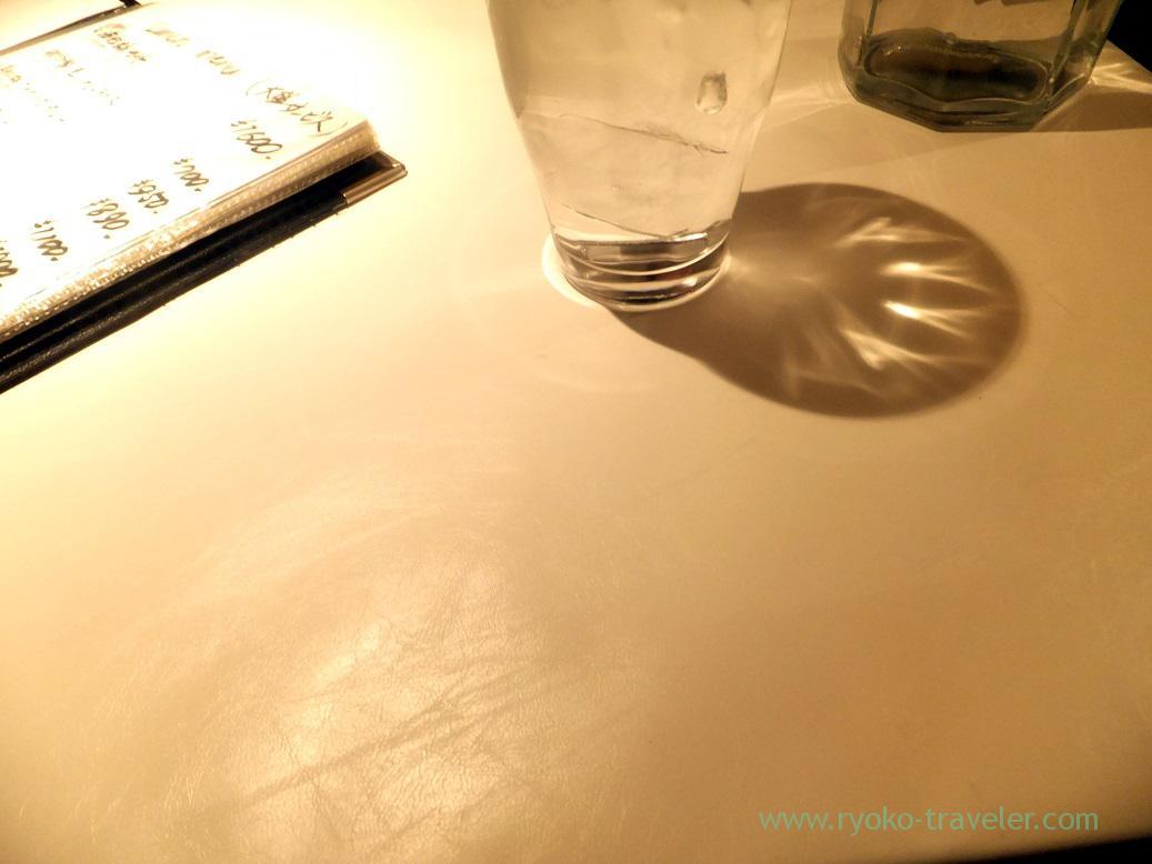 Water and table, Ginza Hisagi (Ginza)
