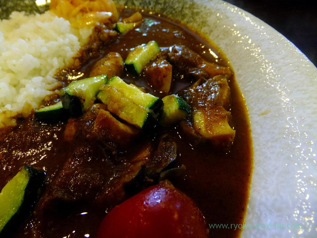 Curry with turban shell and zucchini (close), Kareinaru-curry (Tokyo Skytree sta.)
