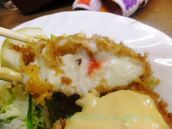 Crab cream korokke, Odayasu (Tsukiji Market)