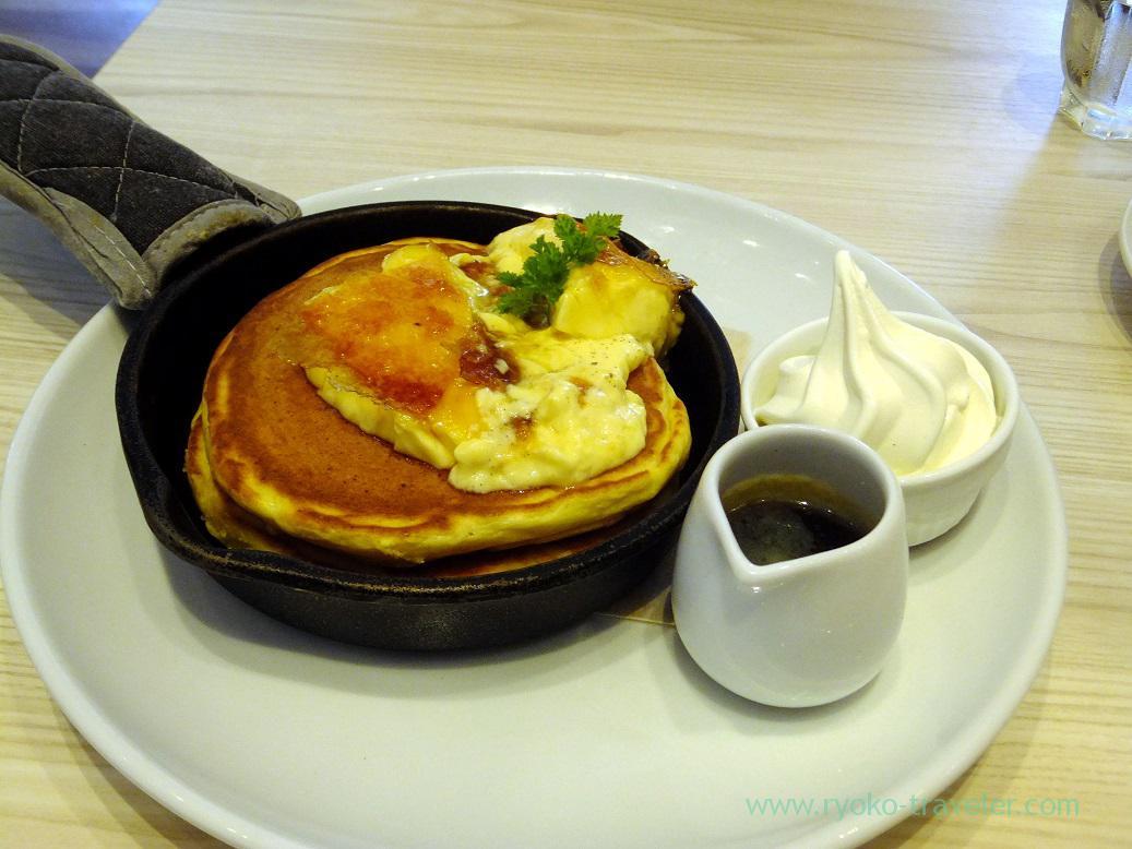 creme brulee French pancake, Butter (Toyosu)