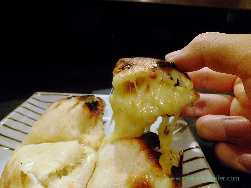 Gorgonzora cheese kulcha (melting cheese), Spice bar NICO (Kiyosumi-shirakawa)