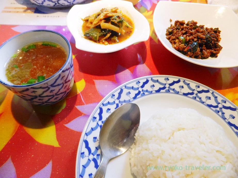 G lunch set, Ayutaya (Funabashi)