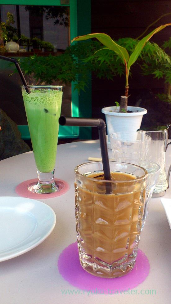 Iced cafe latte and maccha latte, Kopie (Funabashi)