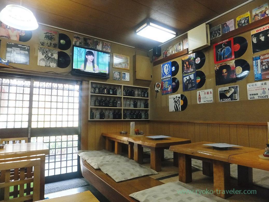 In the shop, Sake-dokoro Nakamura (Kachidoki)