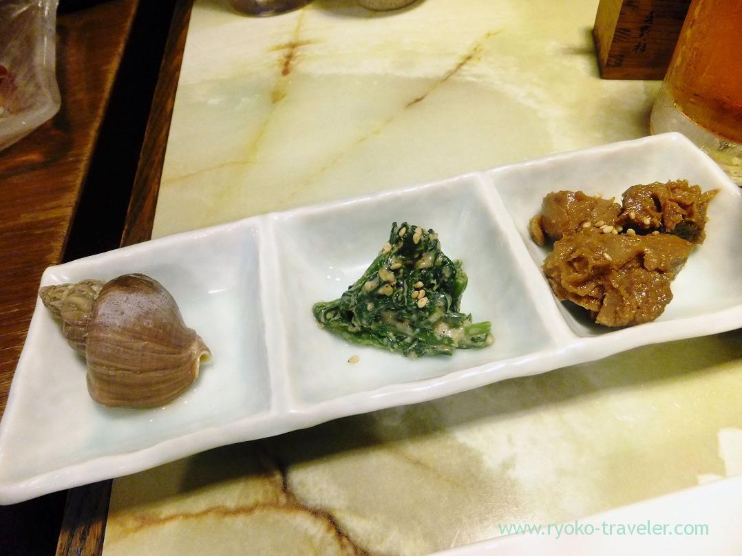 Whelk, spinach dressed with tofu, boiled tuna, Kashigashira (Tsukiji)