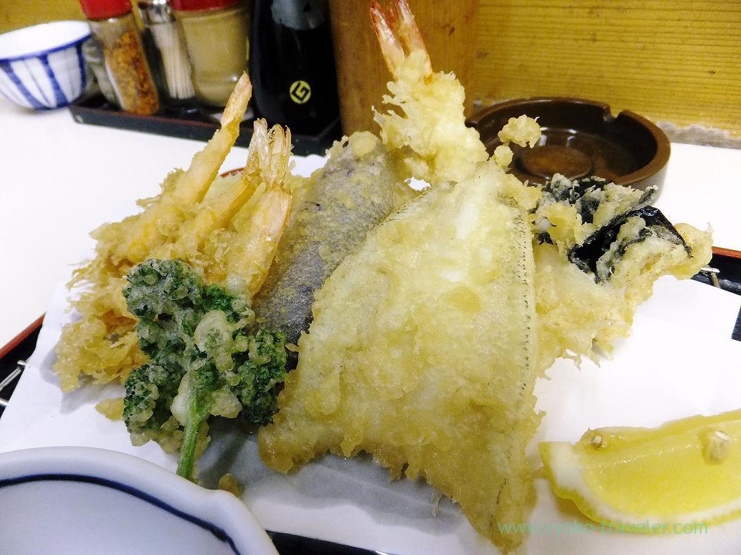 Assorted tempura, Tenfusa (Tsukiji Market)
