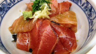 Two in my wish list about Tsukiji came true 1/2 : Segawa (まぐろどんぶり瀬川)