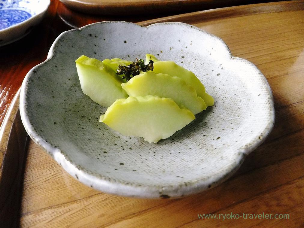Pickled chayote in salted rice bran, Soba Isba Isato (Kounodai)