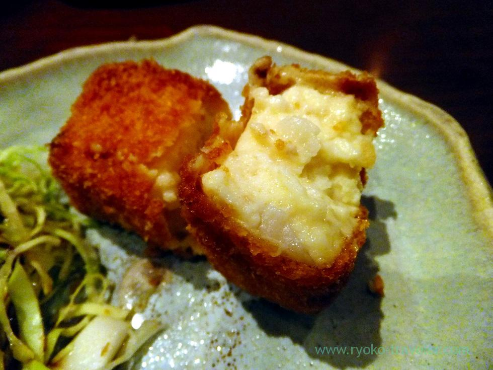 Section of scallop cream croquette, Yamadaya (Tsukiji)