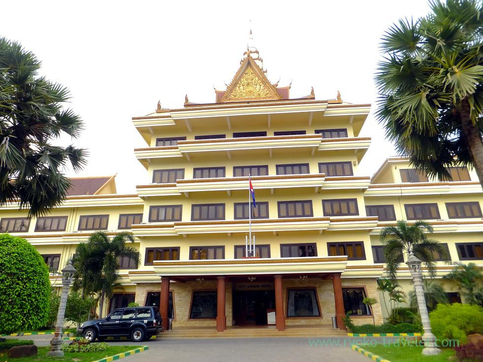 Appearance, City Angkor Hotel (Siem Reap2014)