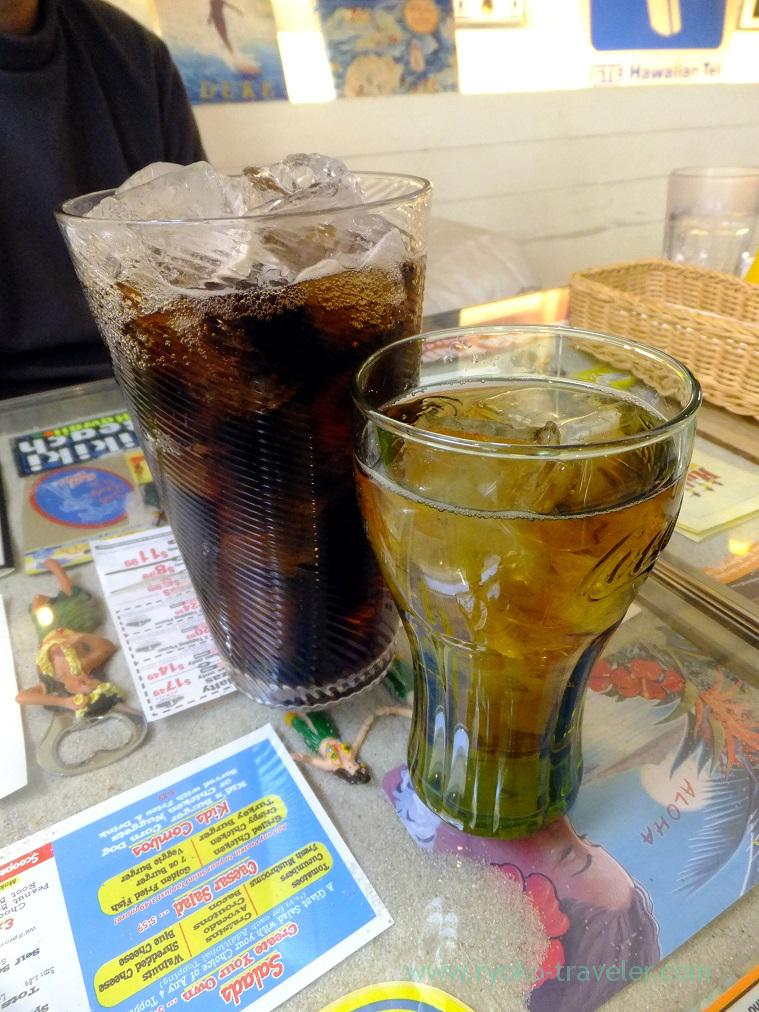 Coke and oolong tea, Aloha Diner Dukes (Funabashi)