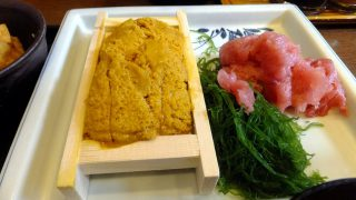 Kachidoki : Luxuary lunch with a box of sea urchin at Ikenoya (池のや)