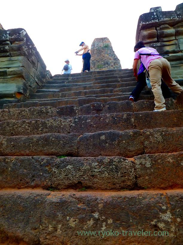 Sharp stairs..., Pre Rup, Cambodia (Siem Reap2014)