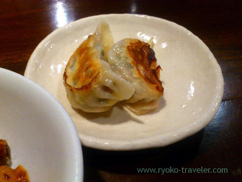 Two portions of gyoza, Cyujitsudo (Keisei Nakayama)