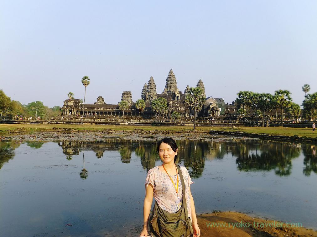 Angkor wat behind the water and me, Angkorwat(Siem Reap2014)