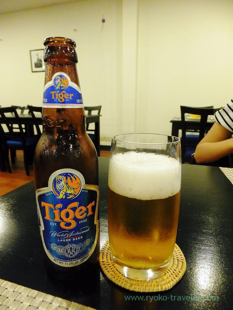 Beer for dinner(Siem Reap2014)