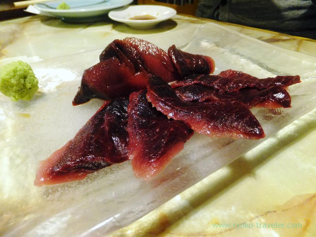 Read meat of yellowfin tuna, Kashigashira (Tsukiji)