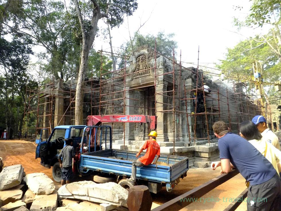 Banteay Kdei under repair,Siem Reap2014