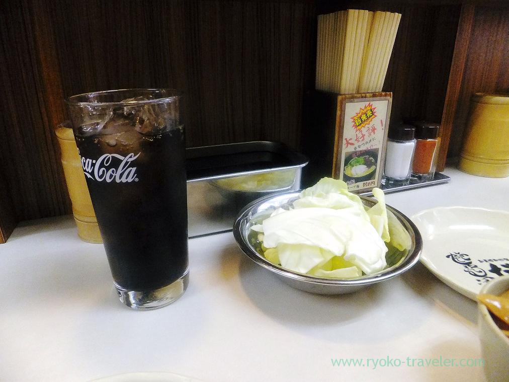 Coke and cabbage, Ganso-Kusikatsu Daruma Dotonbori (Osaka2014-1)