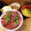 Tsukiji : First bonito at Hajime Sengyo-ten (はじめ鮮魚店)
