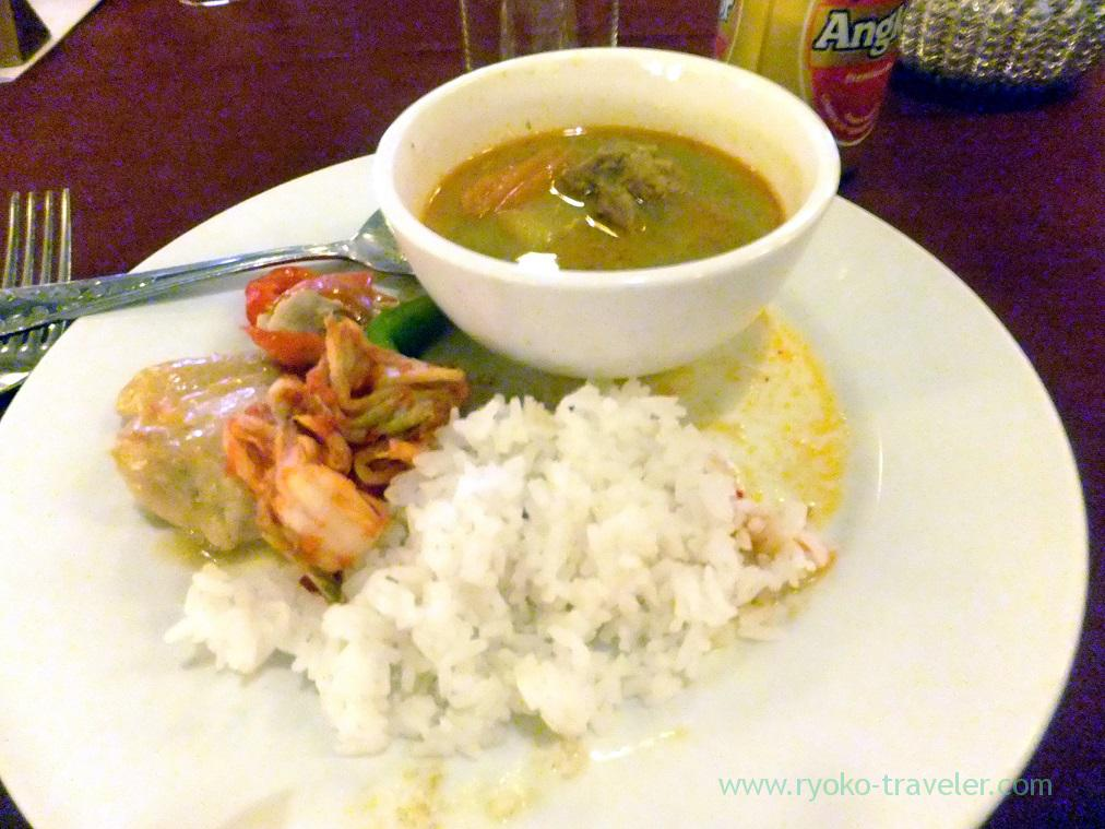 My dinner at Apsara dance show (Siem Reap, cambodia 2014)