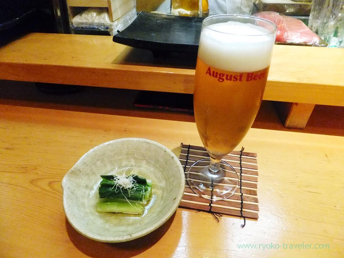 August beer and boiled Hosta montana, Miyakozushi (Bakuro-Yokoyama)